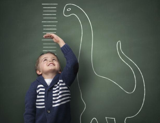 crianca-regua-crescimento-altura-1409333538030_615x470